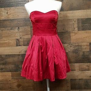 PAPAYA FORMAL Red Dress Small NWT.